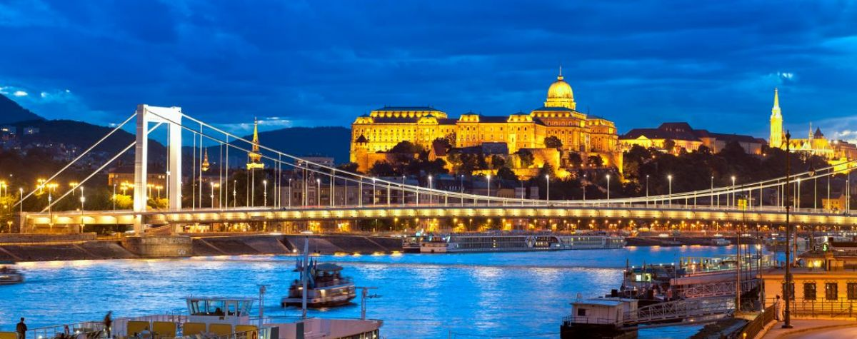 BUDAPEST SUNSET & CITY LIGHTS TOUR