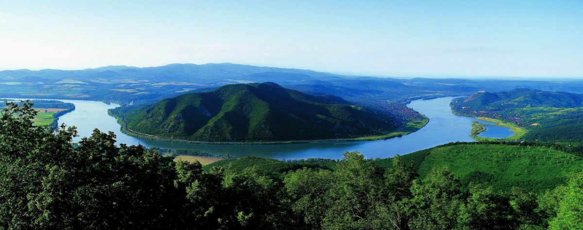 THE FABULOUS DANUBE BEND